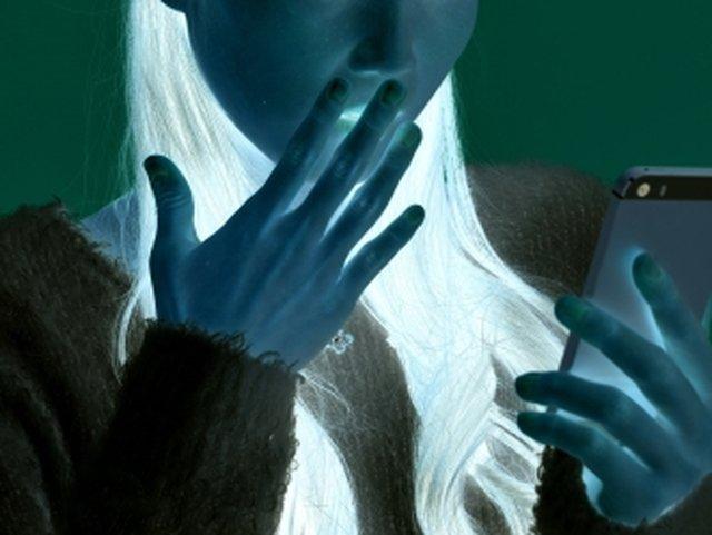 旦那と女性のやり取りを発見(イメージ)
