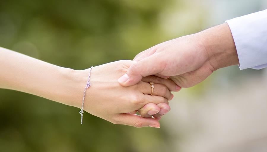 ご家族の安心のためにも結婚前の身元調査 ※写真はイメージです