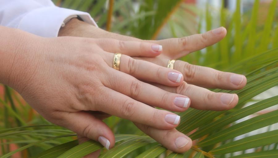 結婚相手の調査報告書が宝物と感じる方も もみじ探偵社の婚約者調査 ※写真はイメージです